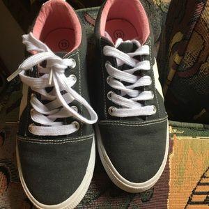 Cat & jack kids shoes
